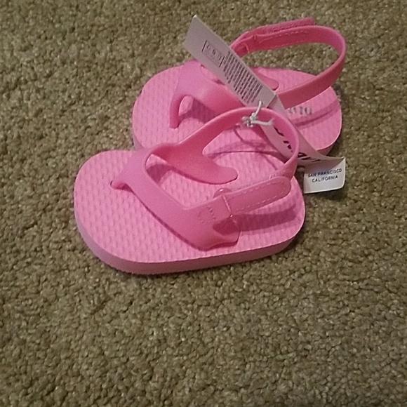 df8dd081b4 Old Navy Shoes | Baby Girl Hot Pink Flip Flops 36mo | Poshmark